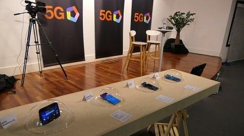 Les quatre smartphones 5G présentés par Orange