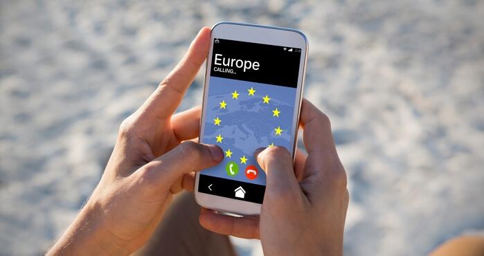 Quel forfait mobile choisir pour utiliser son portable en Europe ?