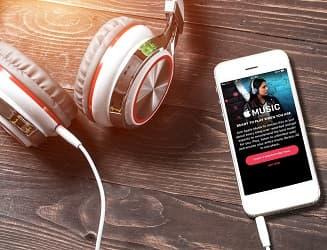 Les Français plébiscitent le smartphone pour écouter de la musique en streaming