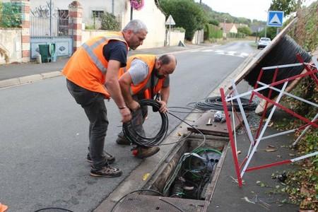 travaux de fibre optique dans la rue