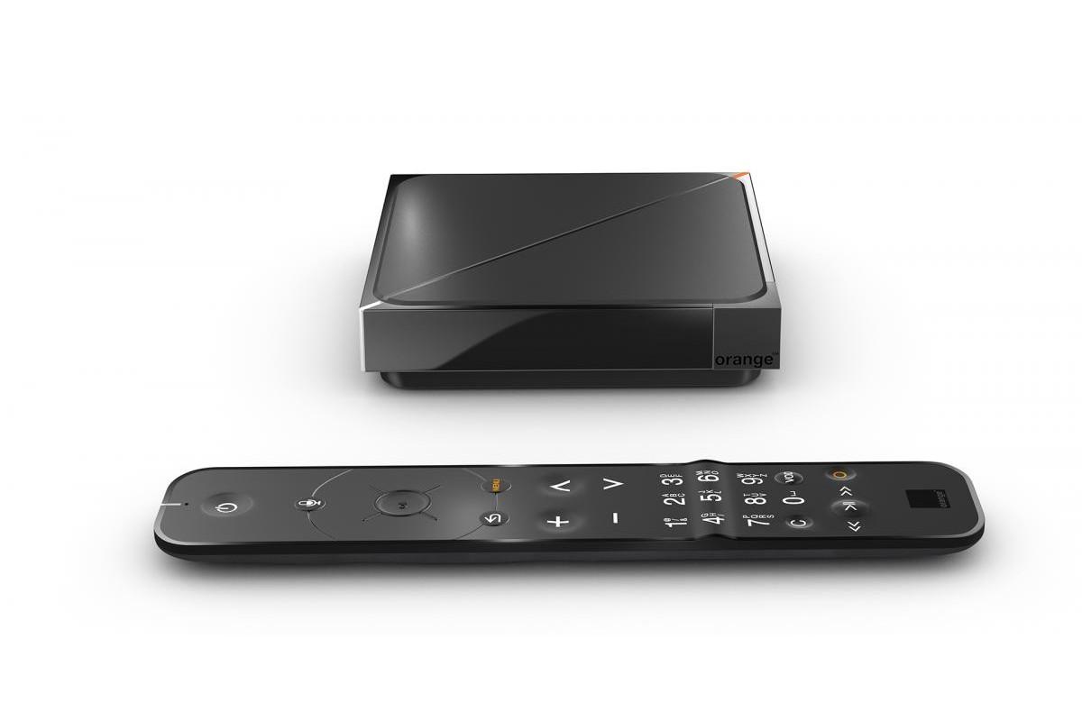 Le Décodeur TV UHD d'Orange et sa télécommande