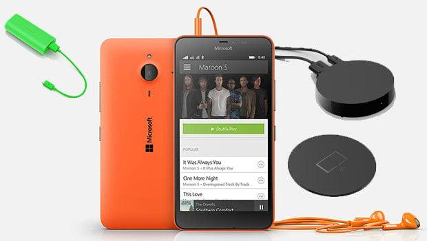 Microsoft propose toute une gamme d'accessoires Lumia : batterie, diffuseur de contenus sur TV...