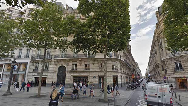 Le bâtiment du future Apple Store des Champs-Elysées