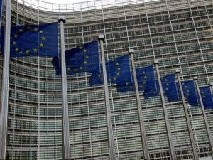Bruxelles abolit les frais d'itinérance
