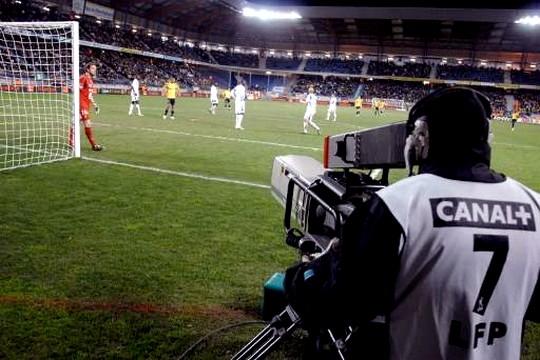 Canal+ et BeIN sports misent gros sur les droits TV de Ligue 1 de Football pour 2016-2020