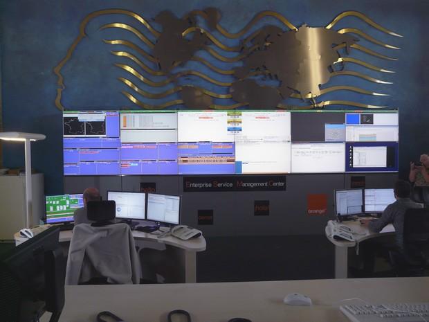 Mur d'écran du Centre de supervision Orange Business Services