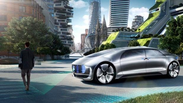 En attendant les voitures totalement autonomes, le Smartphone sert encore une fois de hub vers le réseau Internet
