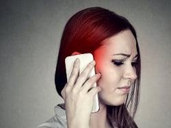 Mauvaise qualité de son ou internet lent sur smartphone ?