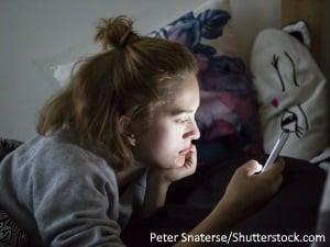 Enfants et adolescents : les dangers des écrans pour la santé