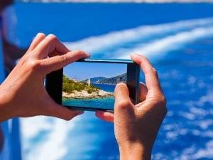 Trajets en bateau : attention aux réseaux satellitaires