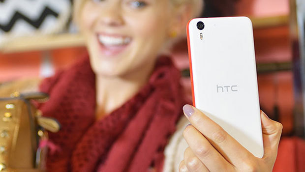 HTC Desire Eye, orienté photo et selfie