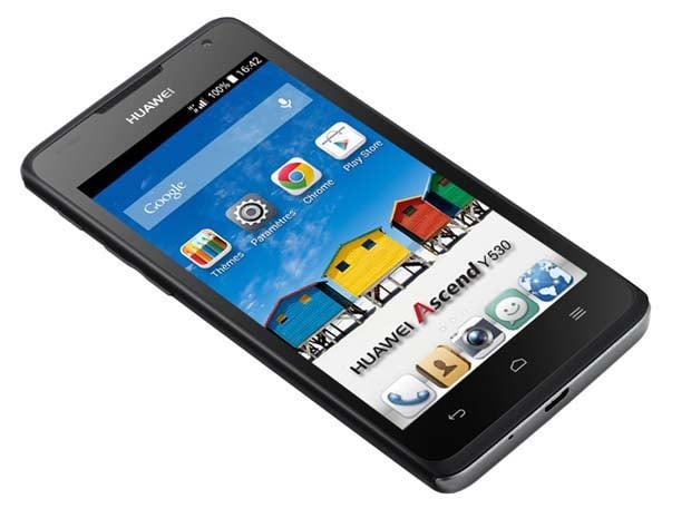Huawei Y530, sobre, robust et efficace
