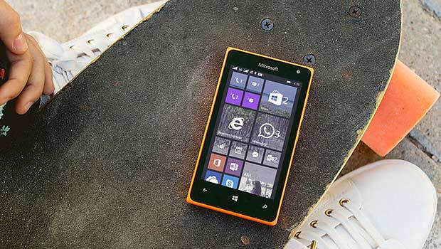 Microsoft Mobile propose un Lumia 435 en 3G+, avec Wifi b/g/n et Bluetooth 4.0