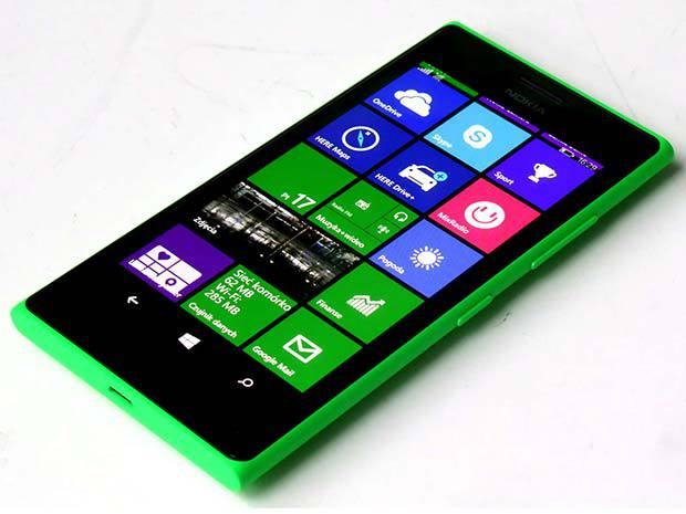 Microsoft Lumia 735 disponible en 4 coloris