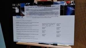 la Charte signée par Dupont-Aignan
