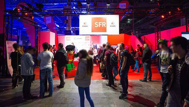 Paris Games Week et stand SFR