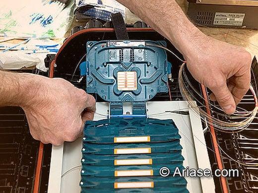 fibre optique sur un point d'éclatement GPON