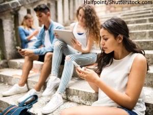 Ados addicts aux smartphones ?