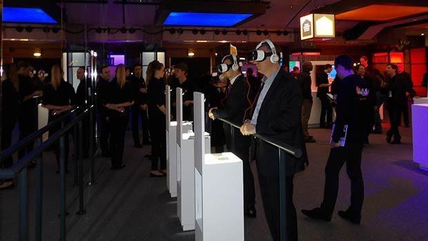 En test, les casque Samsung Gear VR et HTC Vive