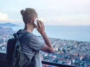 Les astuces pour appeler sans payer depuis l'étranger
