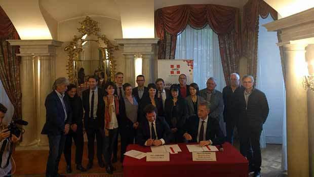 Officialisation d'un contrat bouclé en juillet 2016