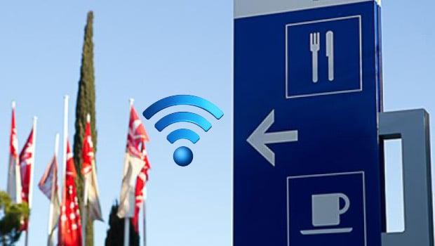 Une dizaine d'aires de repose connectées gratuitement à Internet pour les vacanciers sur l'A8