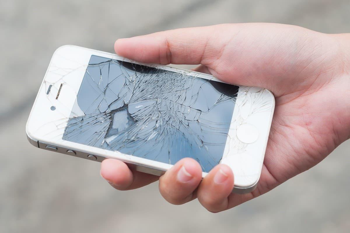Vous avez dix fois plus de chances de casser votre téléphone que de vous le faire voler