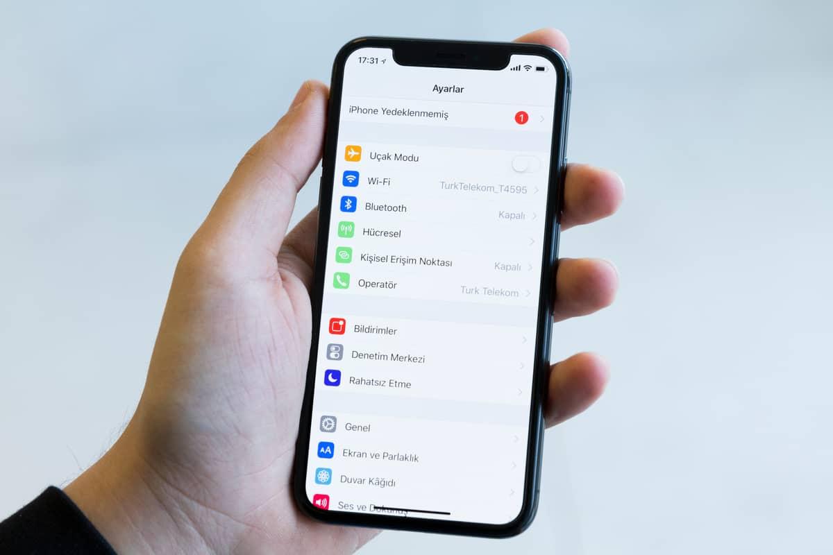 Comment trouver et configurer sur son smartphone le point d'accès réseau (APN) de son opérateur mobile ?