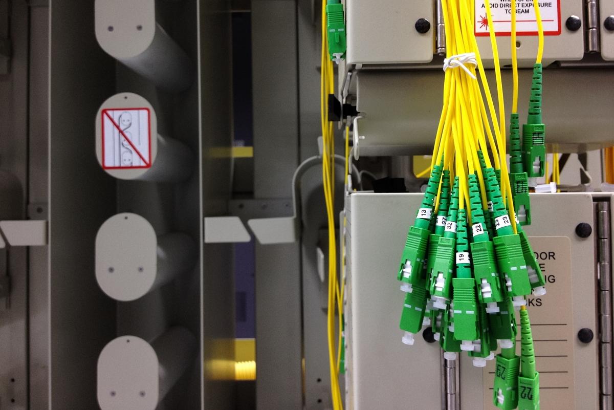 Câbles de fibre optique en attente