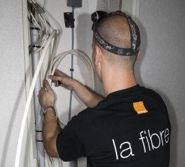 La mise en place d'une ligne FTTH par Orange.