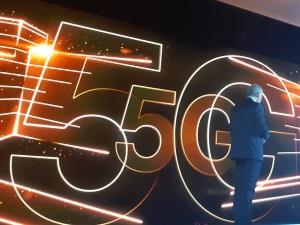 Lancement de la 5G d'Orange dans quatre villes françaises en 2019